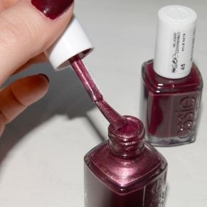 essie its genius