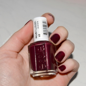 essie sole mate